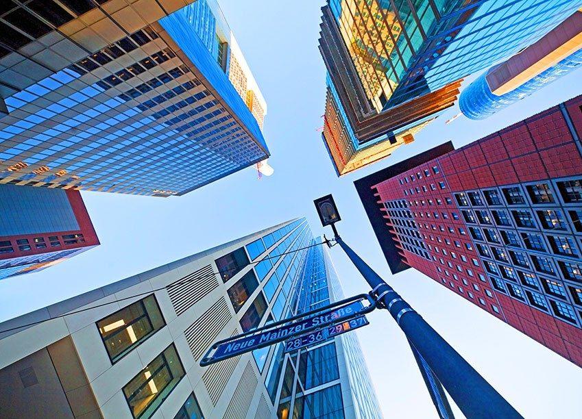 Hochhäuser von unten Fotographiert