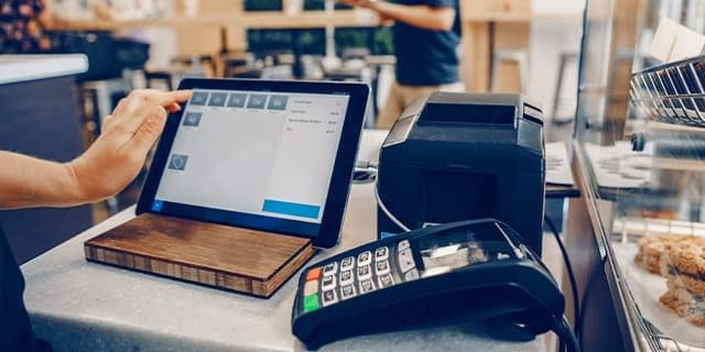 Bezahllösungen: Verzicht auf Transaktionsentgelt für betroffene Geschäfte